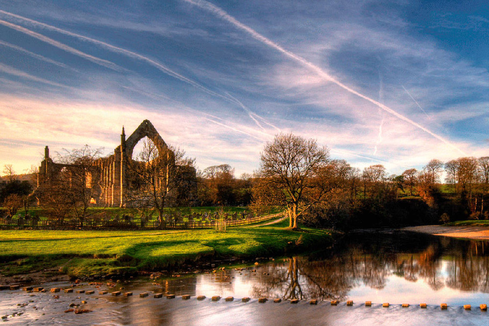 Image source:  Bolton Abbey   https://boltonabbey.com/what-to-see/stepping-stones/