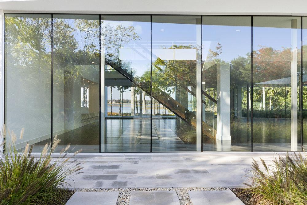 MKL_Construction_Hamptons_Building_Modern_North_haven_Waterfront009.jpg