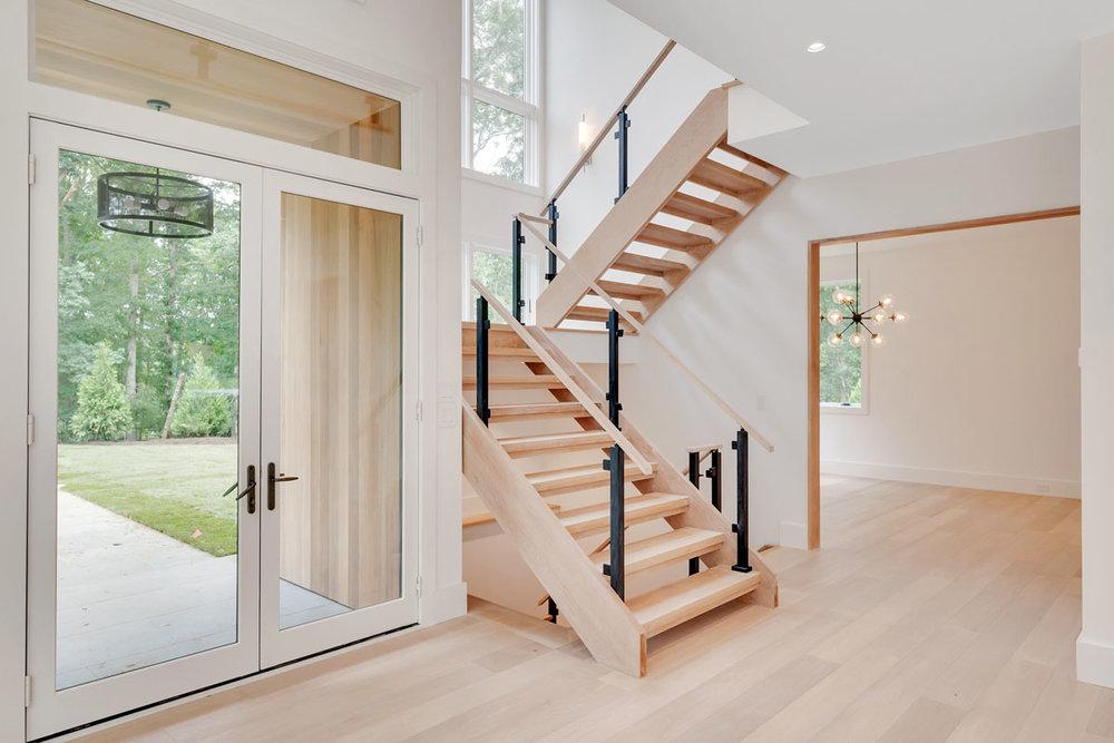 MKL_Construction_Hamptons_Building_Bridgehampton_Transitional_0008.jpg