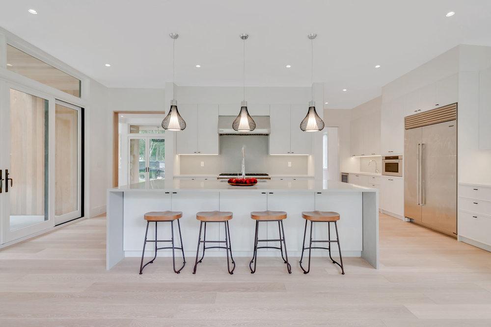 MKL_Construction_Hamptons_Building_Bridgehampton_Transitional_0012.jpg