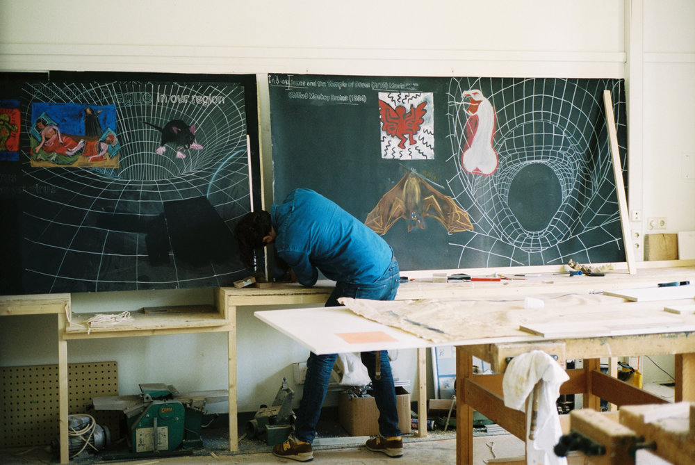 Lado Darakhvelidze's History Blackboards © Juan Aguirre Fernández-Bravo