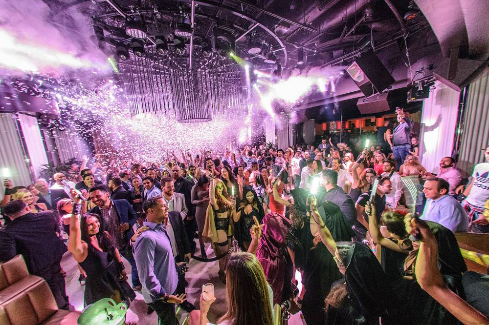 Intrigue nightclub at the Wynn hotel is one of the elite nightclubs in Las Vegas. Enjoy the VI experience with hosted entry and bottle service with Unlock Las Vegas.