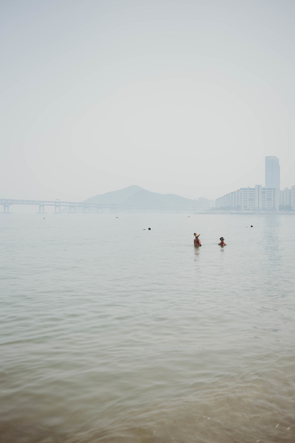 On Travel | On the Street Where We Live (aretherelilactrees.com)  Busan, South Korea, Gwangalli Beach, Gwangalli Bridge
