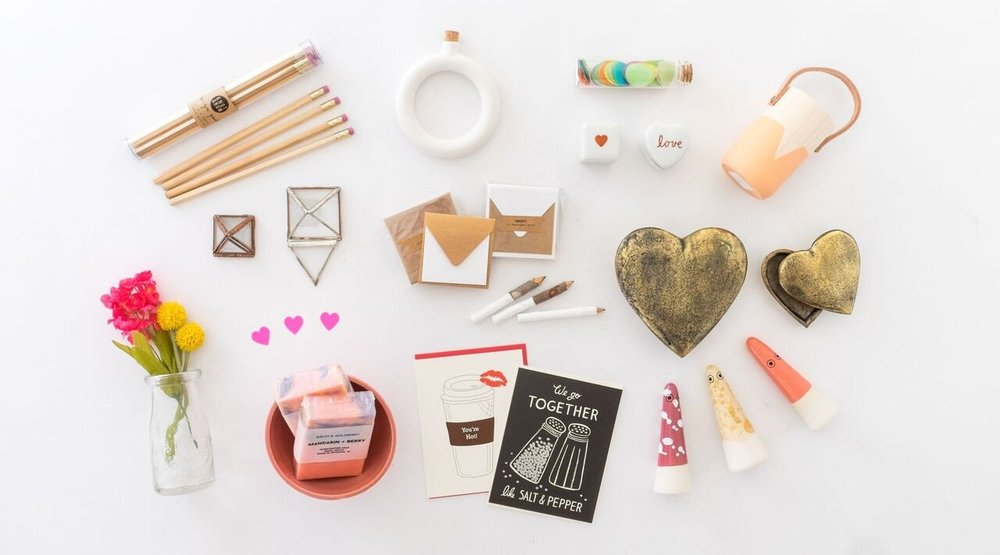 Love_Ding_Blog_LInks_I_Love_Valentines_Gift_Guide_Feature.jpg