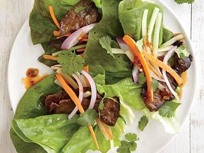 Spicy Steak Lettuce Wraps -