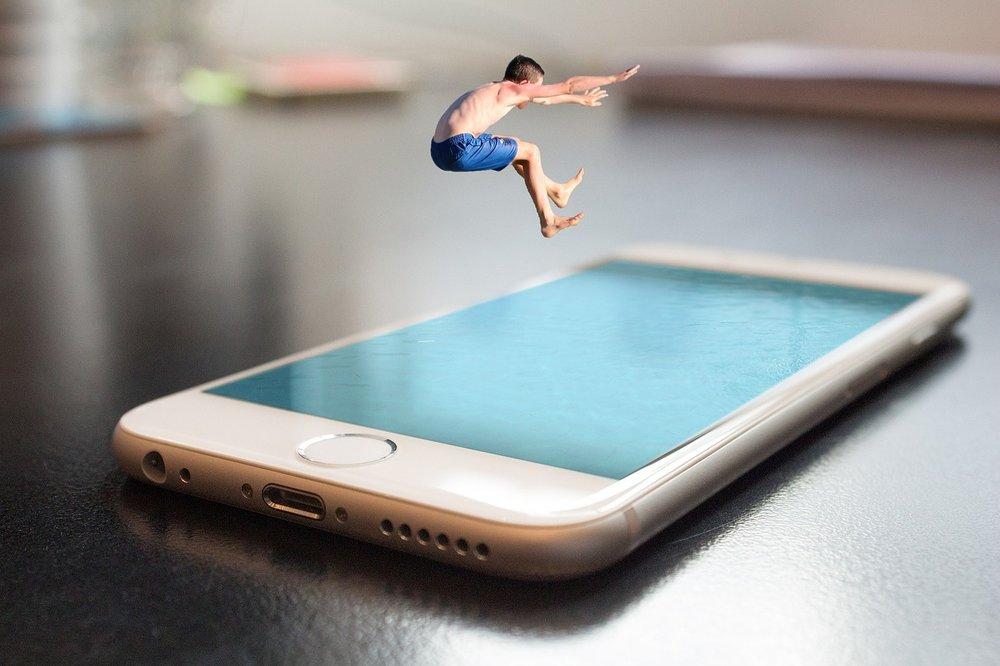 smartphone-2493419_1280.jpg