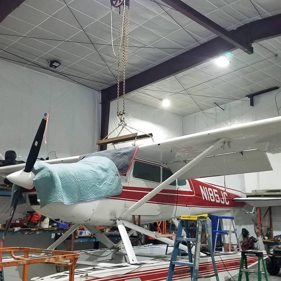 Cessna 185 2.jpg