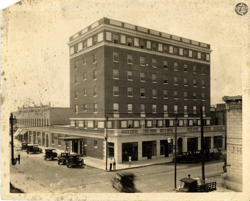 Daniel Ashley Hotel.jpg