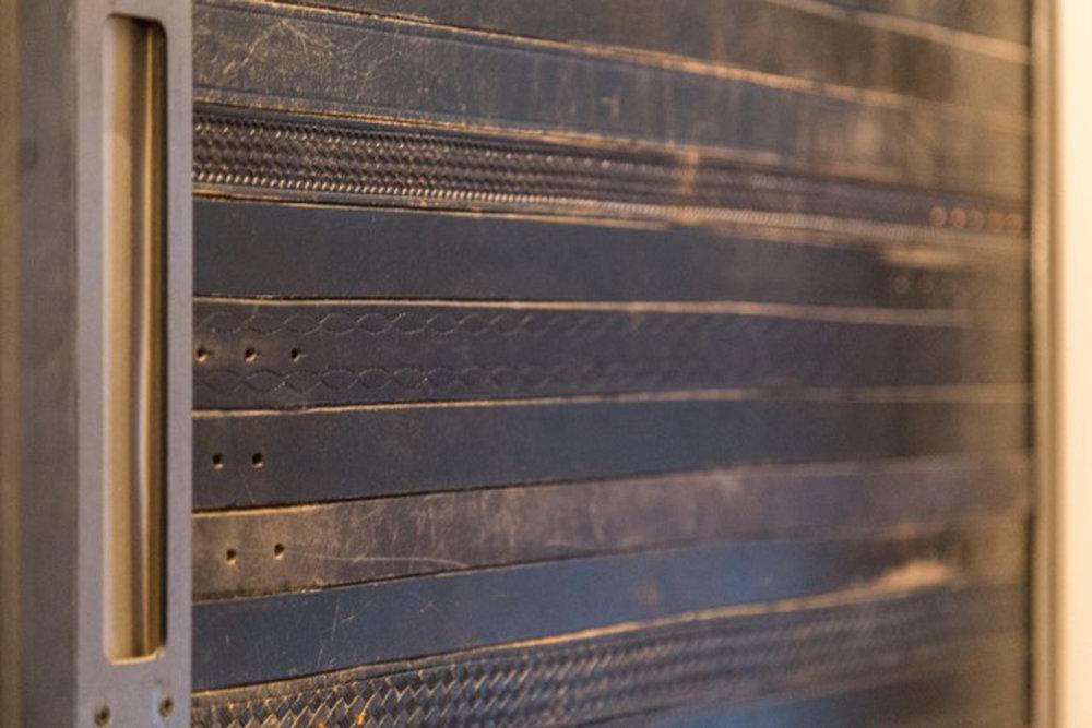 BARN DOOR 2400X1600.jpg