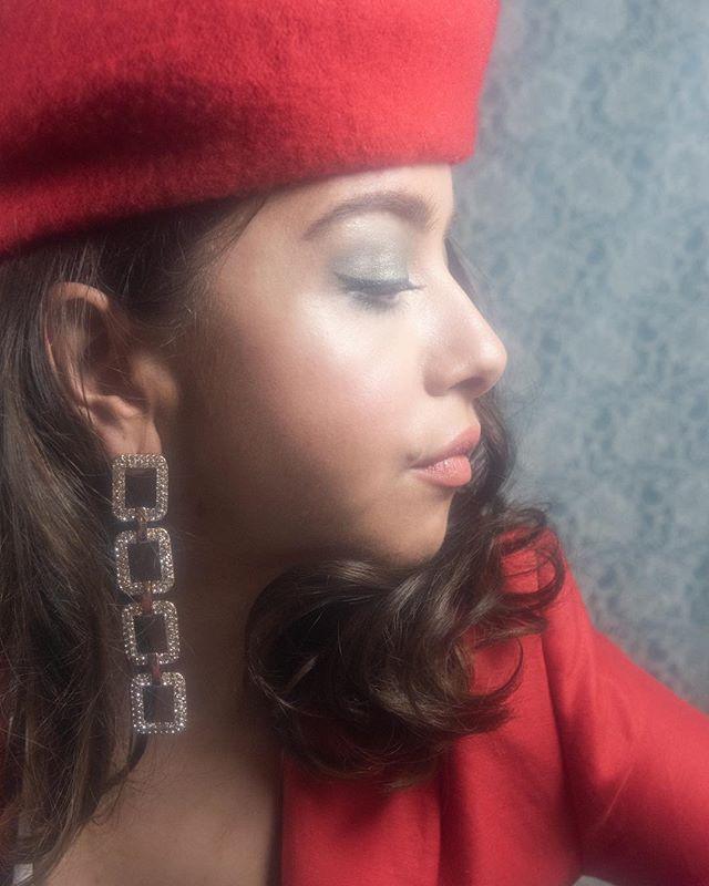 "Gorgeous @elizabethilsley in ""Women That Inspire"" 💕 issue #1  photo by @nadiacorreiaphotography  makeup @astonmakeupartist  hair @shelleysumnerhair  styling @dominiquemalinowska"