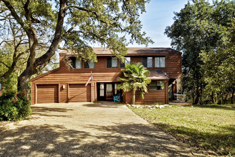 Sun 2-4 | 4 Sugar Shack | $899,000 |  Website  | Listed by Eric Moreland