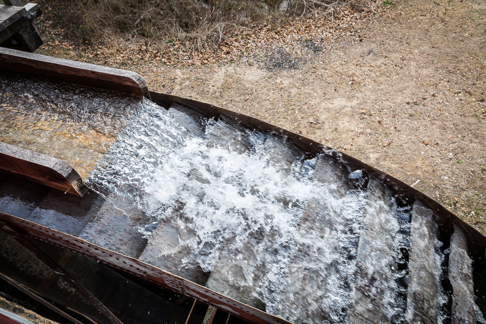 Water turning the 23' Fitz over-shot water wheel