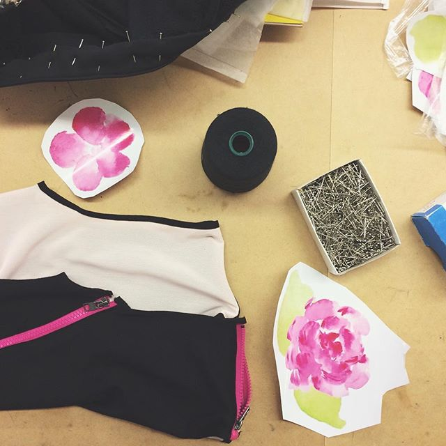 FORMING the final touches 🌸 #werk  #unform #collection #fashionstudio #ryerson #unformaccessibility #thefutureisaccessible #to #adaptive #design