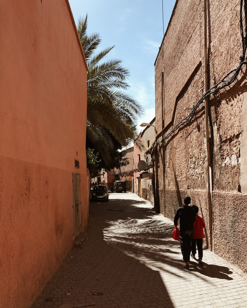 @thestyleseed took a photo of an alleyway in Morocco.