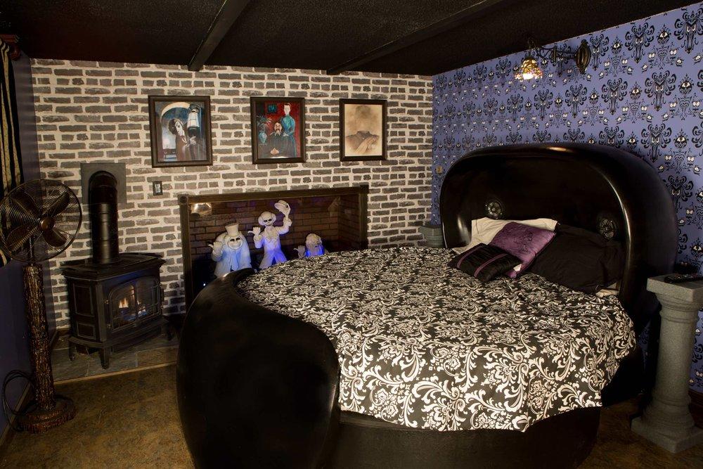 1473744138Sm_Bedroom.jpg