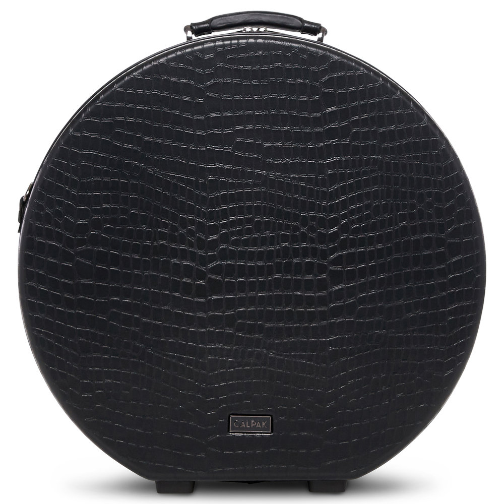 What I would bring: - Medium Baye Hat Box in Black