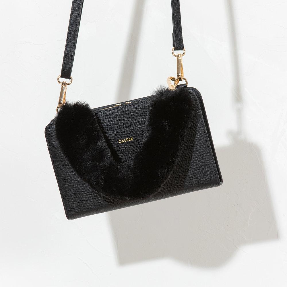 Travel Wallet - Black -