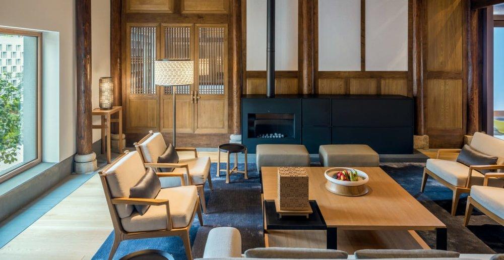 antique_villa_living_room_office_14956.jpg