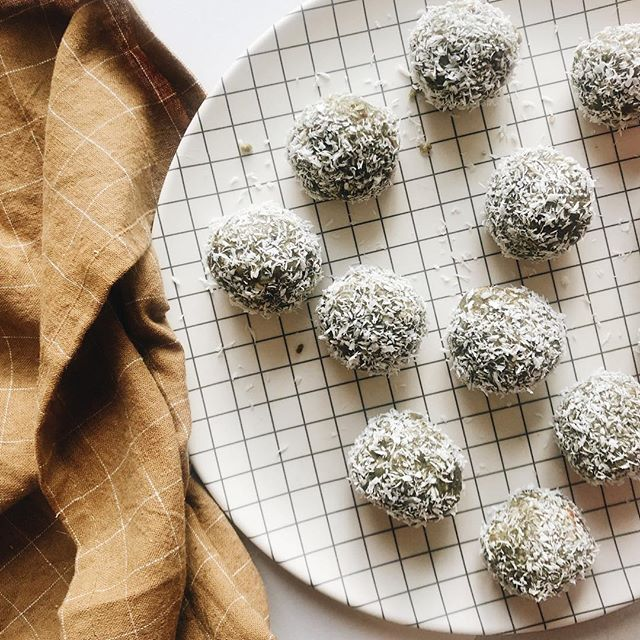 Our favorite midday pick me up: nutty matcha balls 👇🏻 . . - 1.5 c nuts/seeds (mix it up, some of our favs are cashews, pecans, walnuts, sunflower seeds, pumpkin seeds) - 5- 8 Dates (or sweetener of choice) - .5 c shredded coconut - 1 tsp. Habitual matcha - .25 c coconut oil - .25 c coconut butter (we know it's a pain to melt in these cold days, but so worth it!) - Pinch of salt - Pulse in a food processor, scoop and form balls (a cookie scoop works great, but hands will do), roll in coconut flakes, store in the freezer. Enjoy ✨