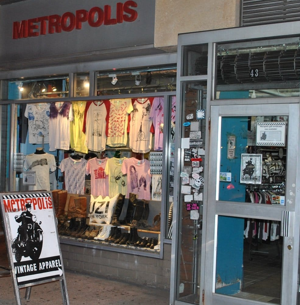 Pricing: ($$$) - Location:Manhattan,East Village
