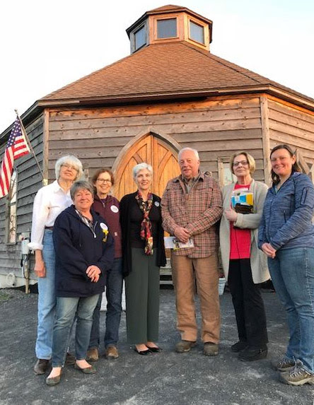 After navigating a dozen scenic back roads, I arrived at Albany County's stunning Octagon Barn in Berne and was greeted by a friendly group of activists who are fired up about this year's election season. A big thank you to Amy Pokorny, Michael Hammond, Marie and Nick Viscio, Dee Woessner, Tara Murphy and Fran Porter for coming out on a beautiful evening to discuss the issues and learn about my state senate campaign. I'll be back!