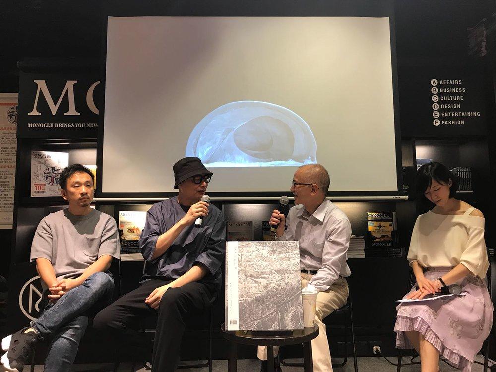 攝影書《探 The Trek》發布會現場 左起:書籍設計師蔡劍虹、攝影師陳的、港大解剖學教授陳立基、brownie publishing社長鍾卓玲
