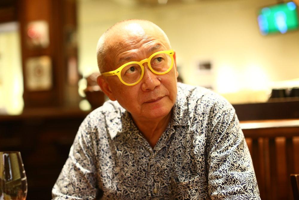 梁家泰 - 香港著名攝影家,自七十年代開始從事攝影,至今已超過四十年,作品曾刊登國際知名雜誌及在世界各地展出,期間獲獎無數。亦為香港攝影師公會、香港攝影文化協會創會會,參與舉辦2010年及2012年香港國際攝影節。網頁:http://www.camera22.com/