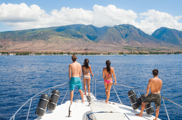 Jayhawk-fishing-yacht-west-maui-lahaina.jpg