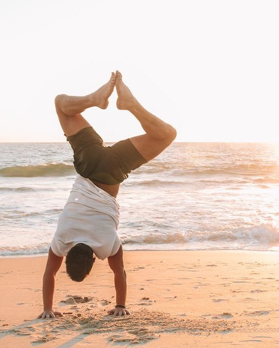 Yoga Cottesloe Beach Perth (4).jpg