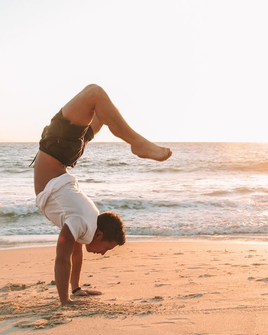 Yoga Cottesloe Beach Perth (3).jpg