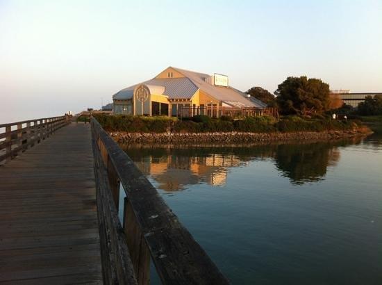 Kincaid's Chophouse along the Bayshore Trail