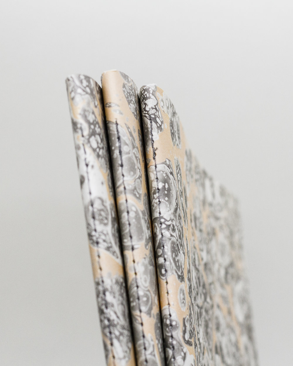 Tomàs Avinent Marble Notebook Cahier Marbré-9.jpg