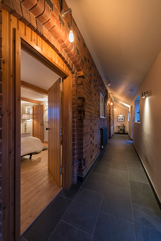 Downstairs014.jpg