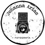 Logo def Johanna Arias pequeño.jpg