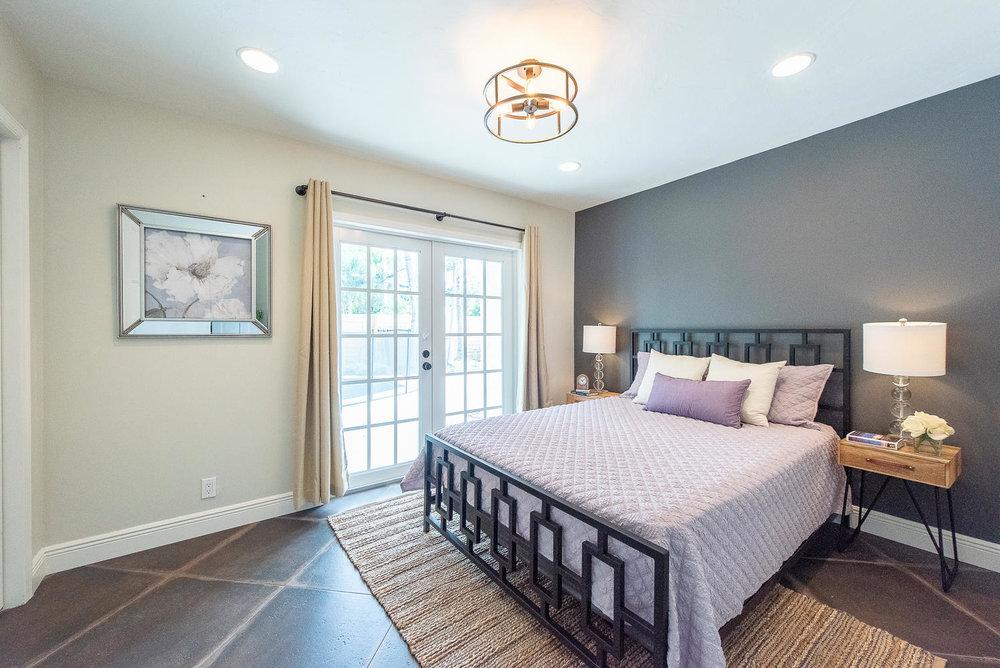 824 SE 8th St Fort Lauderdale-large-009-8-Bedroom-1499x1000-72dpi.jpg