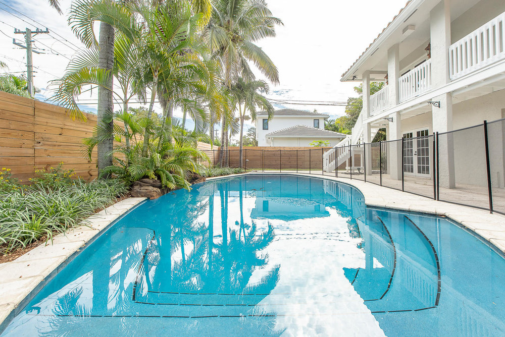 824 SE 8th St Fort Lauderdale-large-018-17-Pool-1499x1000-72dpi.jpg