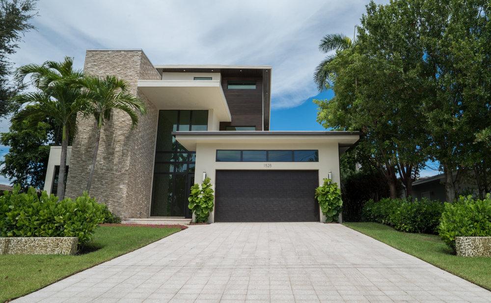 1525 SE 10th Street - $3,695,000