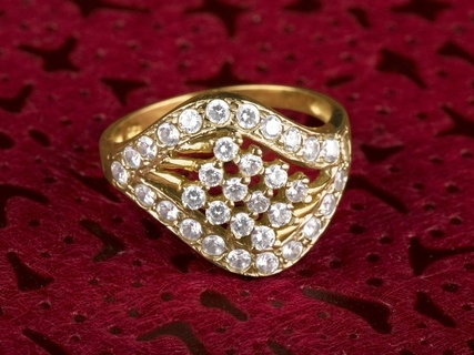 ring-heart-romance-fashion-wedding-marriage-1061749-pxhere.com.jpg