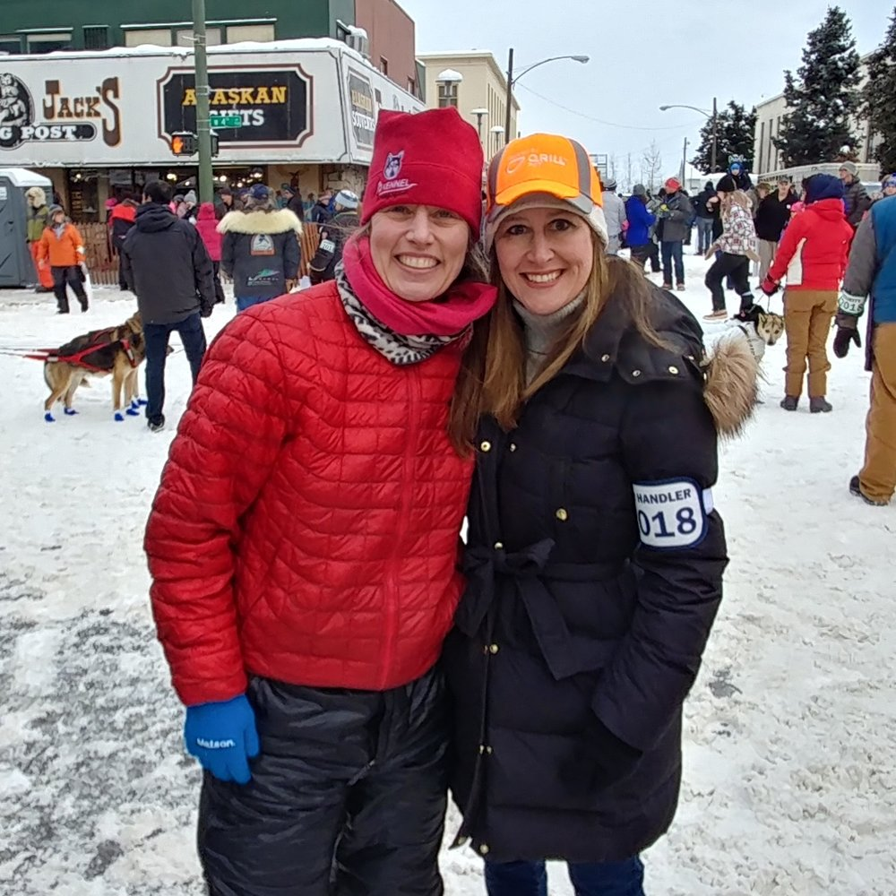 Aliy Zirkle and Laurie Berry in Downtown Anchorage at the Iditarod Start 2018