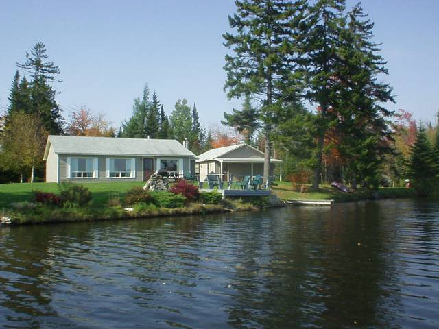 Nellie's Lakeside Retreat