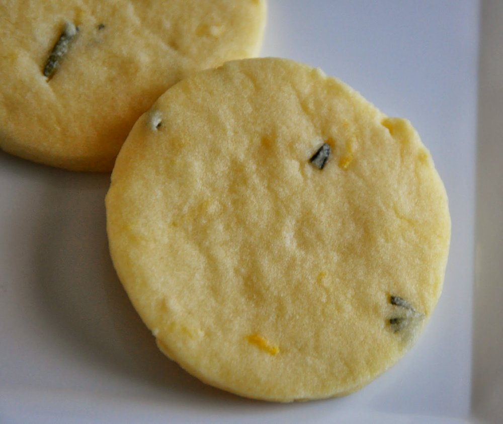 Lemon Rosemary Shortbread Cookie