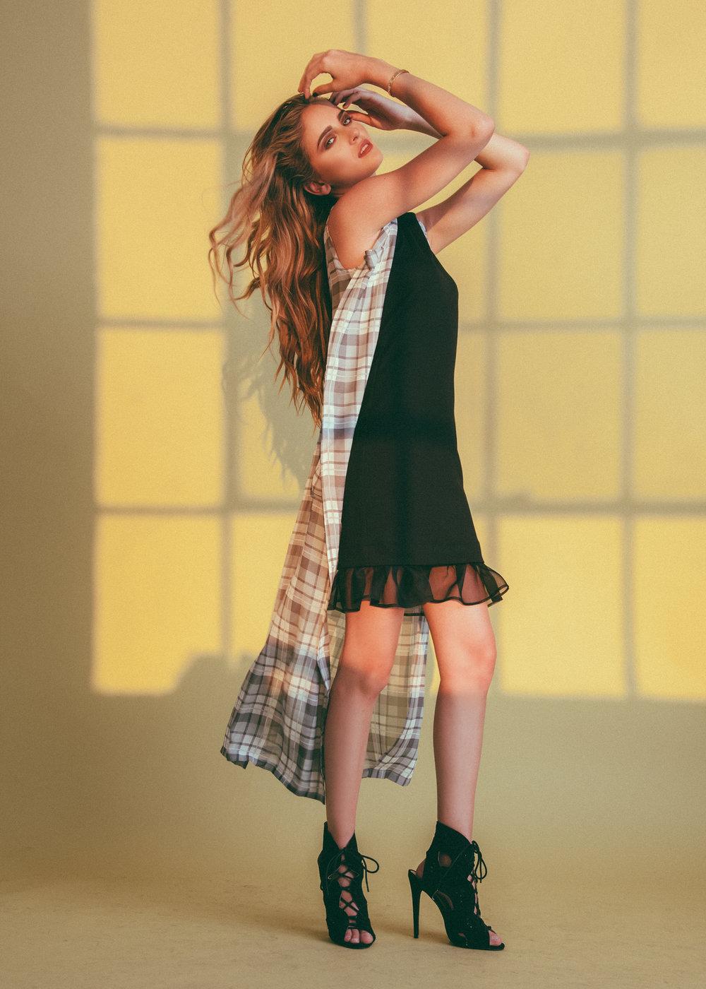 jessica-faulkner-spring-fashion-clothing-women.jpg
