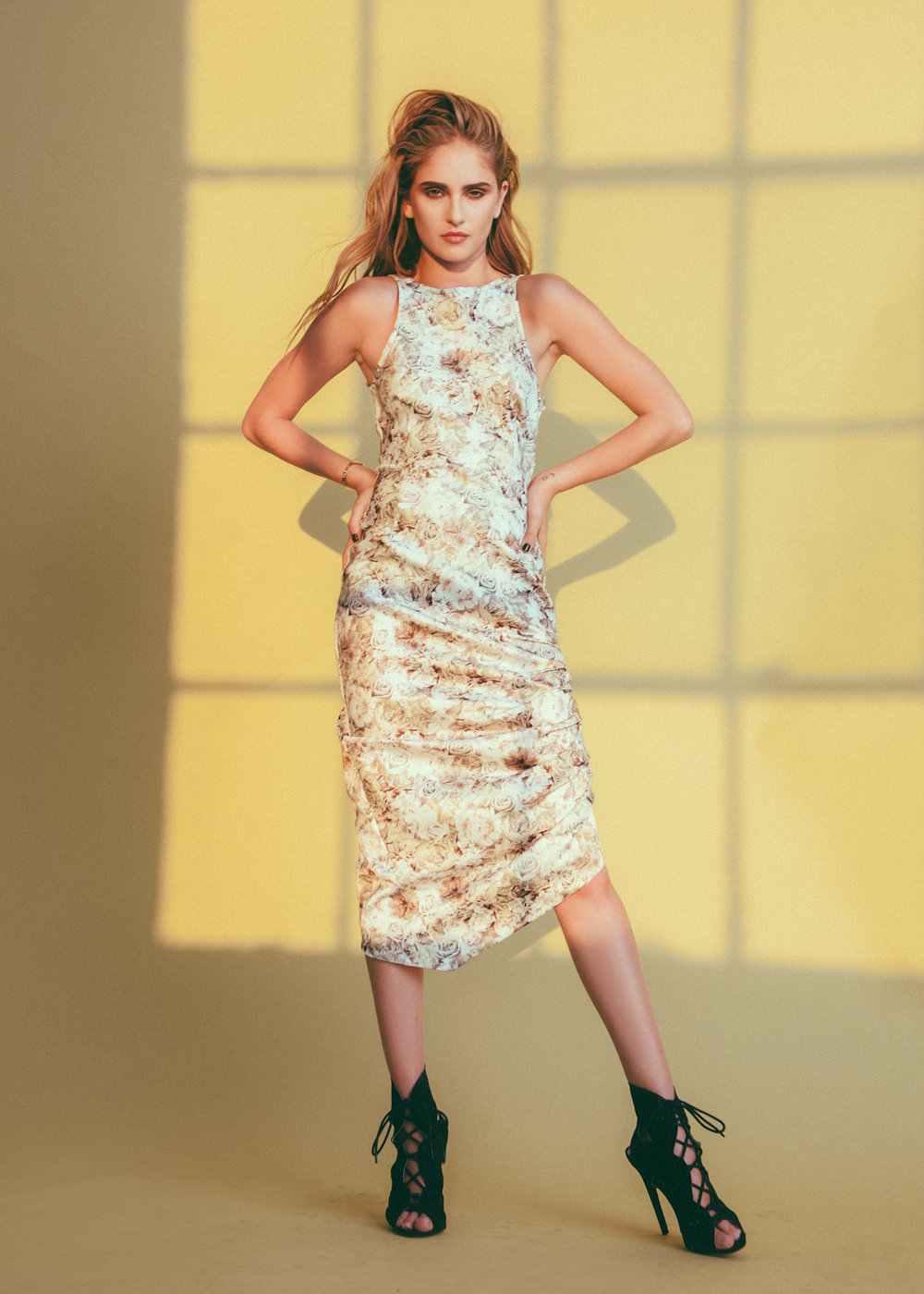jessica-faulkner-floral-midi-dress.jpg