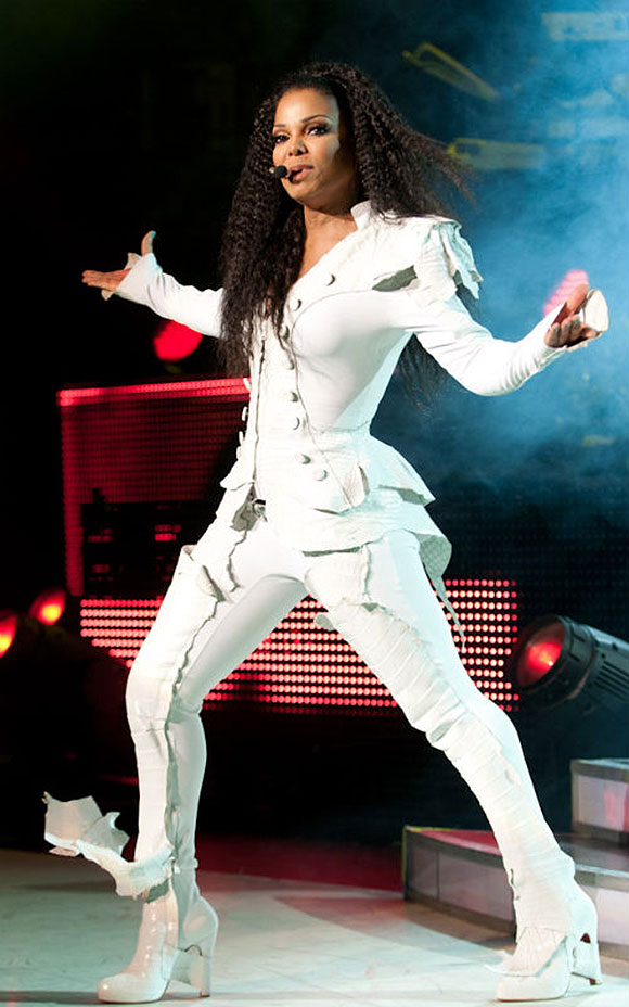 JANET JACKSON: Unbreakable World Tour