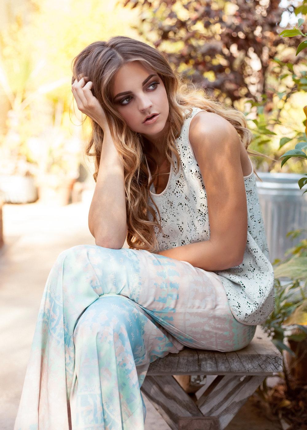 JessicaFaulkner-SS14_005.jpg