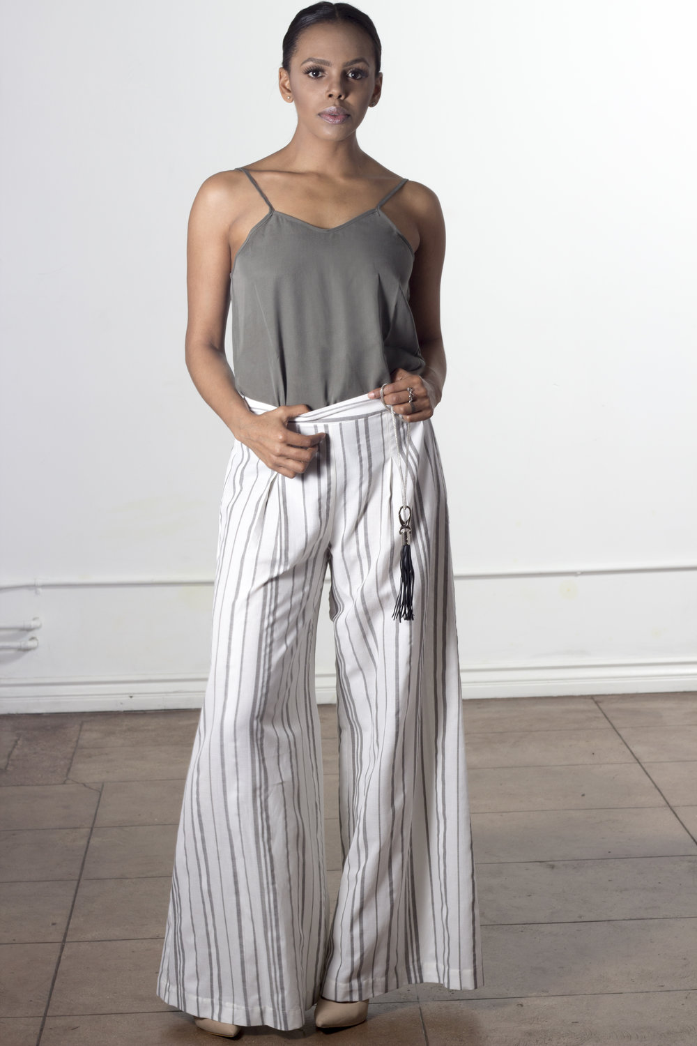 5-Jessica-Faulkner-Womens-Contemporary-Clothing-Liliana-Wide-Leg-Trousers-Jessica-Faulkner.jpg