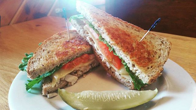 Woohoo welcome the M22 Clubhouse! Chicken, bacon, harvati, lettuce, tomato, house dijon, grilled on Honey Oat😍 #eatlocal #empiremi #tasty #homemade