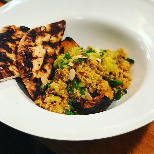 Happy Friday everyone! What's this? It's a bowl of fun! Every week we will have a different bowl of goodness to feature! This is in addition to our super great daily specials for just $9!!! #empirevillageinn #bowlsoffun #vegetarian #curry #quinoa #forthewin