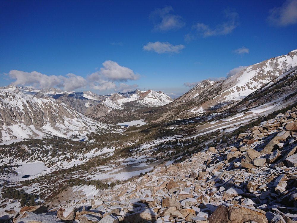 View from the top of Kearsarge Pass back towards the PCT
