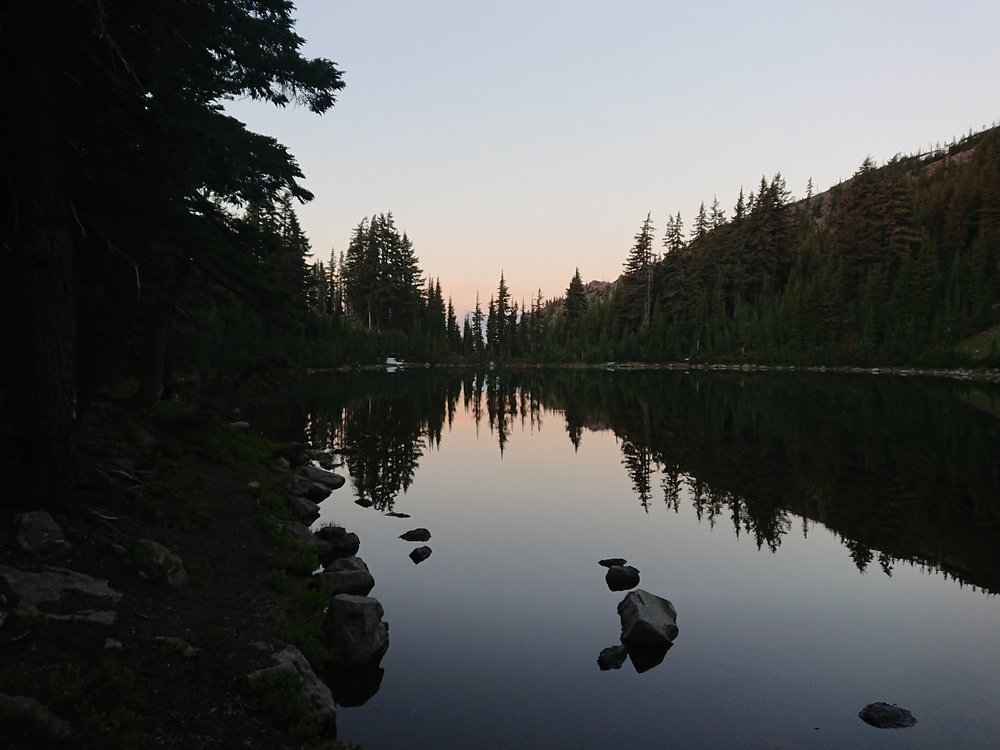 Rockpile Lake in the morning